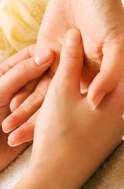 Массаж рук после маникюра