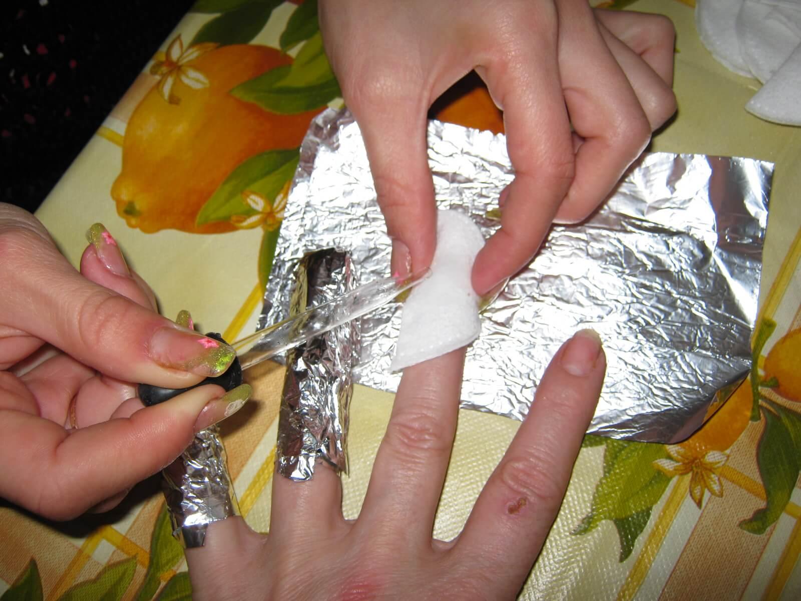 Как при домашних условиях снять нарощенные ногти