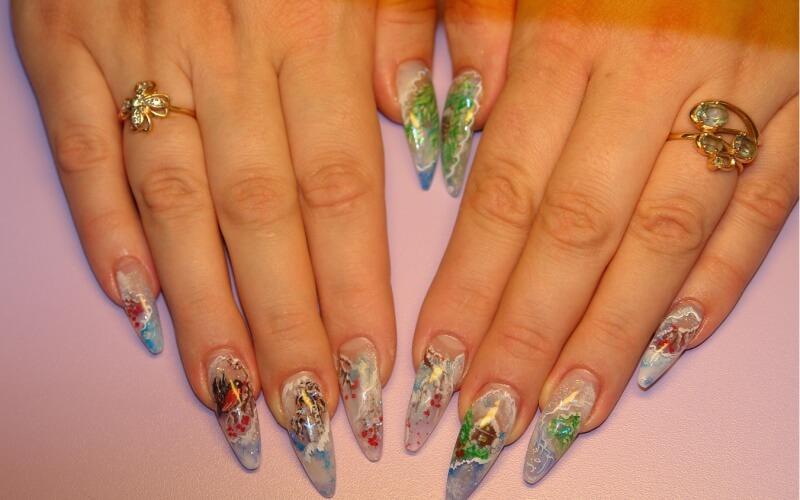 Новогодний дизайн нарощенных ногтей