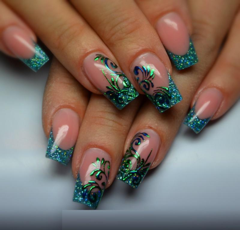 Дизайн ногтей френч гель-лаком