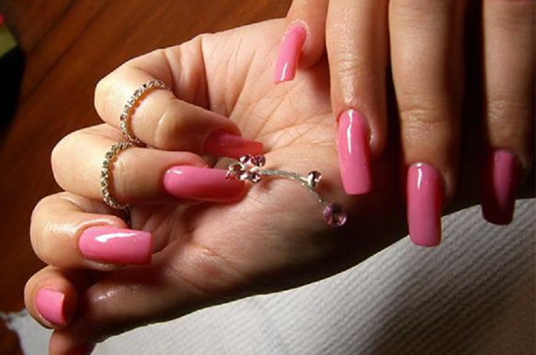 Пирсинг на собственном ногте