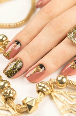 Наращивание ногтей Москва: цены