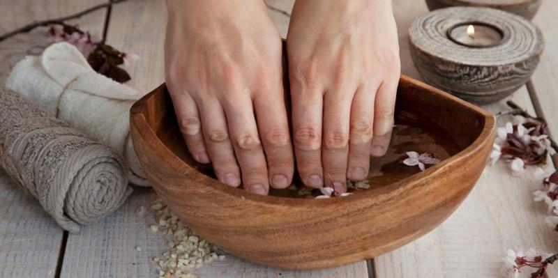 Витаминная ванна для роста ноготков