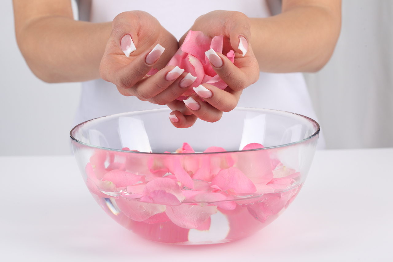 Из чего нужно делать ванночки для ногтей