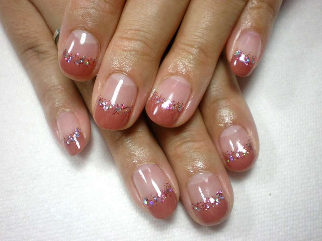 Маникюр на коротких ногтях в домашних условиях: фото