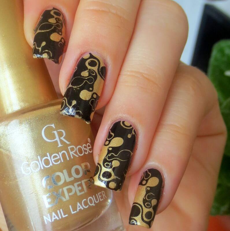 Чёрно-золотой дизайн ногтей