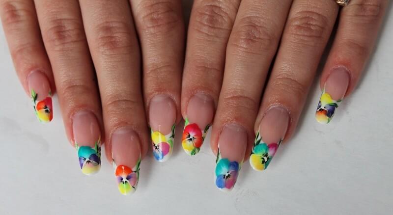 Цветной френч на длинных ногтях