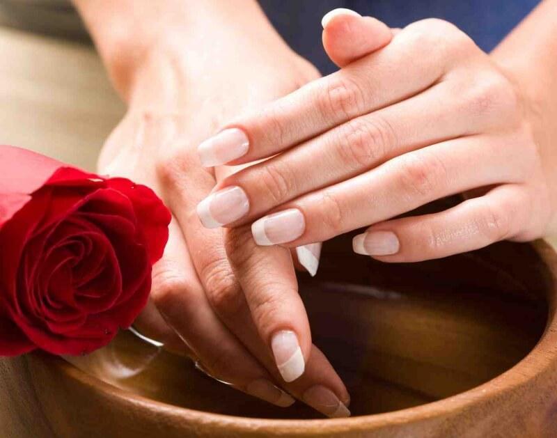 Парафинотерапия для ногтей после гелевого наращивания